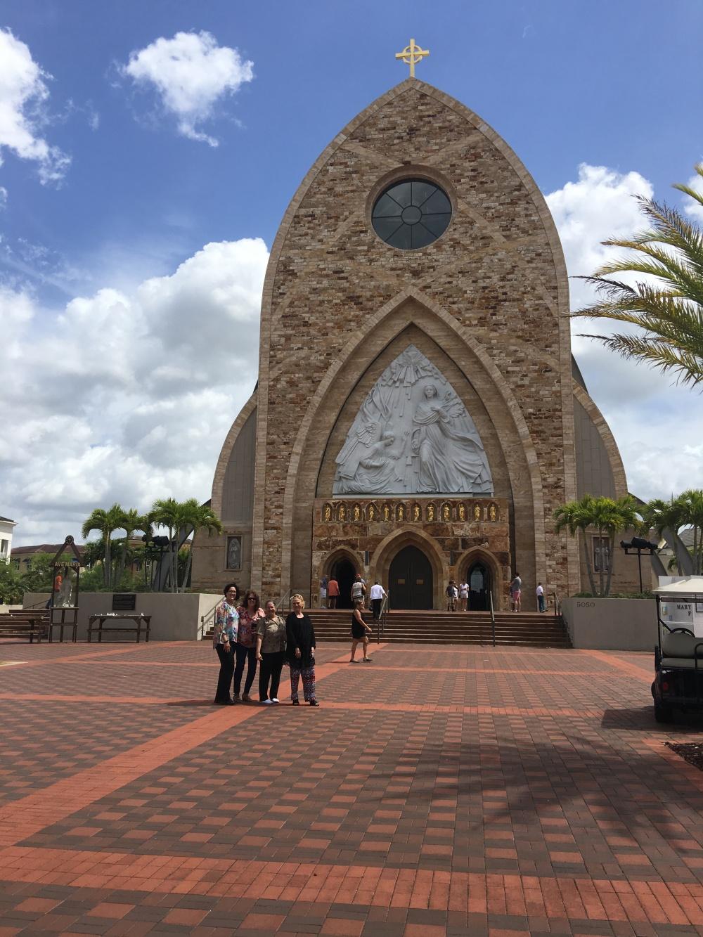 Columbiettes | KofC12240 | Ave Maria